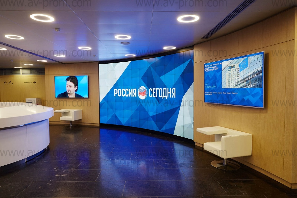 """MIA """"RUSSIA TODAY"""" MAIN HALL – 8×11 curved videowall"""