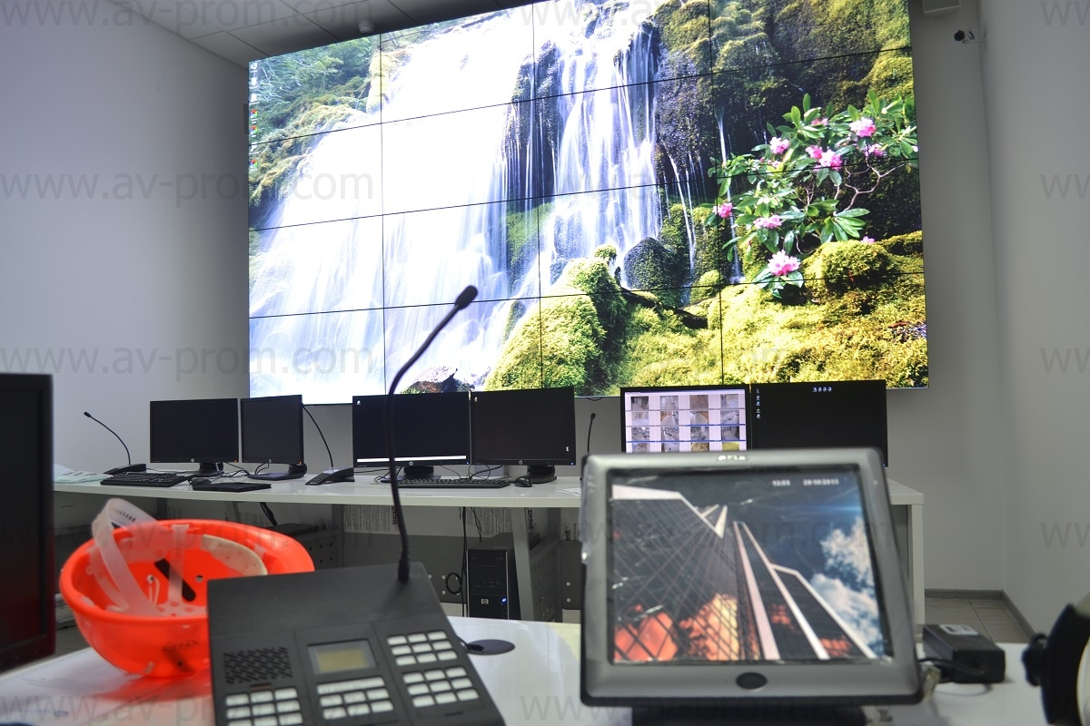 MOSCOW CITY MERCURY TOWER – Control Rooms – Videowalls